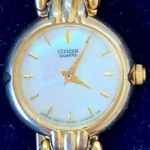 CITIZEN LADIES GOLD PLATED MOTHER OF PEARL WATCH